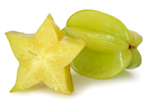 Карамбола сочетает в себе вкус яблок, цитрусовых и слив